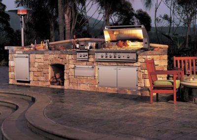 Small-Outdoor-Kitchen-Ideas